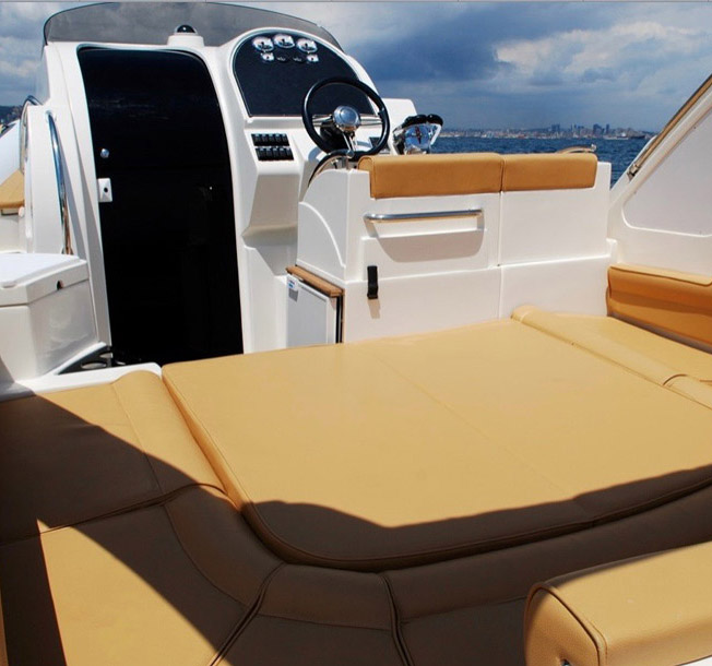 hire rigid inflatable boat with skipper for a tour at la maddalena islands sardinia by emerald cruises