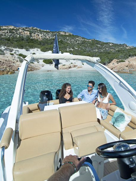 private daily tour on boat at la maddalena archipelago with skipper by emerald cruises